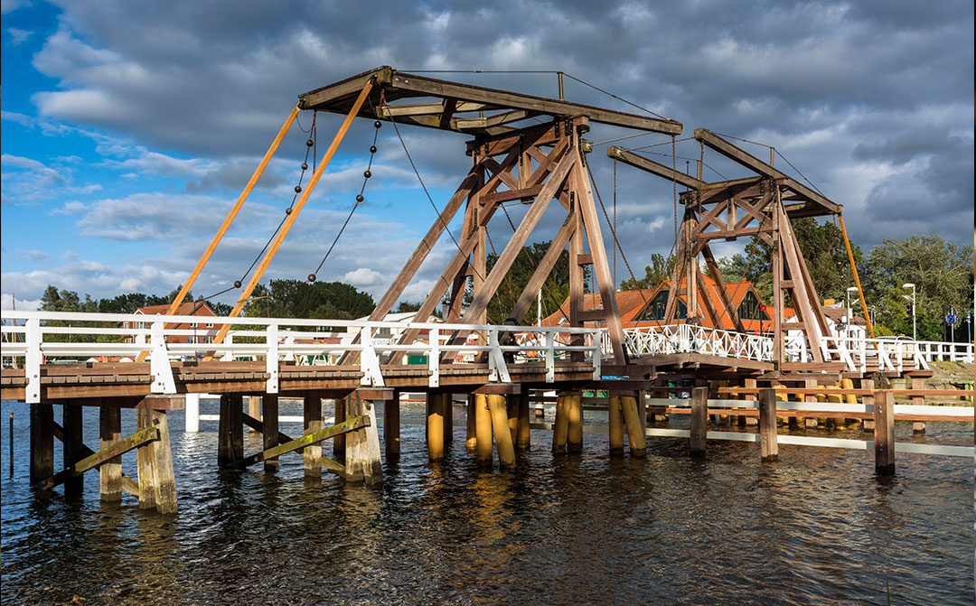 Greifswald, Wiecker Brücke