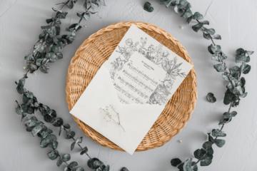 Brief in Korbschale